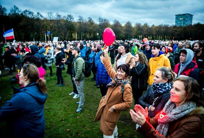 Demonstratie tegen de coronamaatregelen op het Malieveld.