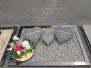 Het graf van Gerd Bergman en zijn moeder, die enkele weken later is overleden.