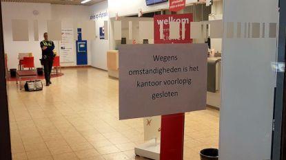 Drie jongeren overvallen postkantoor
