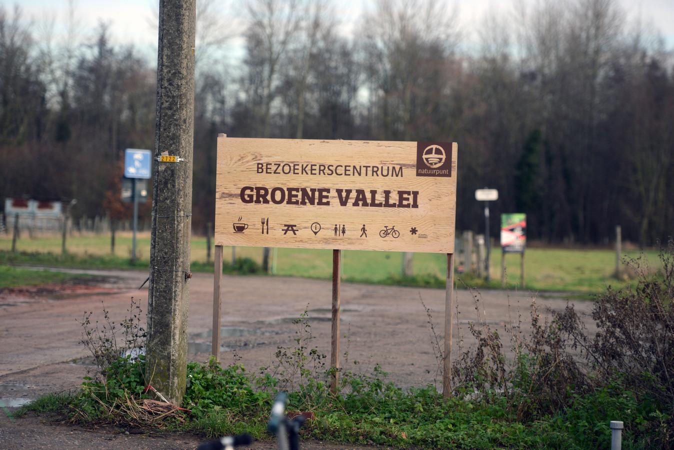 In het natuurgebied van De Groene Vallei in Erps-Kwerps komen sinds de tweede lockdown tot 5 keer meer bezoekers dan voorheen, vooral dan in het weekend.