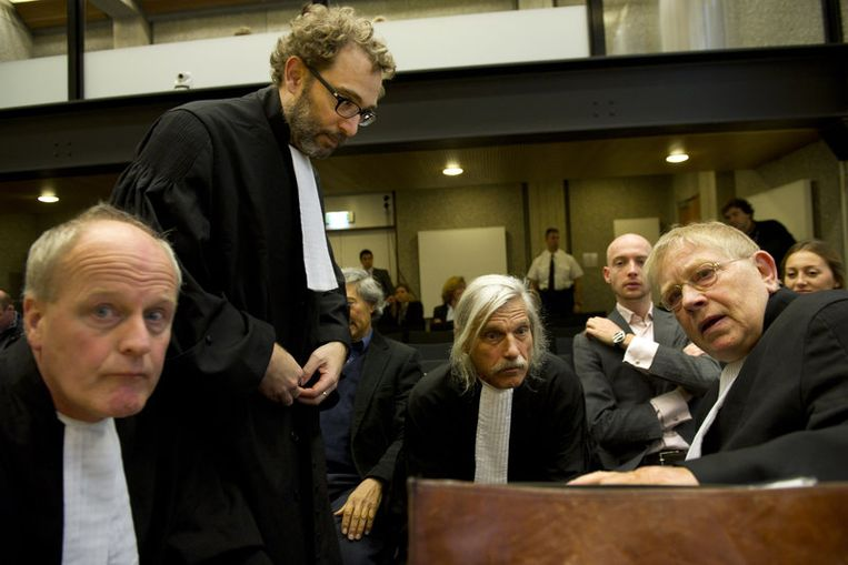 Henry Sarolea, Michiel Pestman, Nico Steijnen and Ties Prakken, advocaten van de benadeelde partij. Beeld