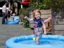 De warmte beu? Zwembadjes op Grote Markt zorgen voor de nodige verkoeling