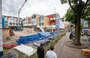 De bouw van de twaalf nieuwe appartementen bij het stadsstrand Veenendaal gaan hard.