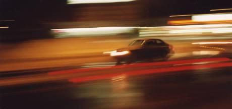 Chauffeur (44) veroorzaakt ernstig ongeluk na nachtdienst: 'Ik moet even zijn weggevallen'