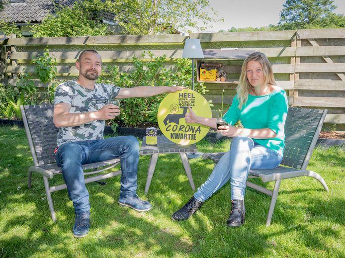 Marijn en Suzanna van Antwerpen uit Wolphaartsdijk zijn mede-initiatiefnemers van het coronakwartje.
