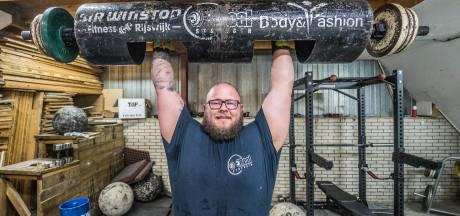Strongman Angelo wil maar één ding: 200 kilo tillen voor zijn overleden vader
