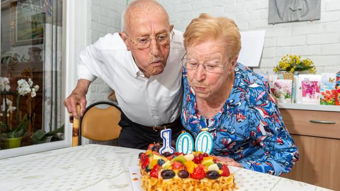 """Oudste mantelzorger van het land wordt 100: """"Dat ik voor hem kan zorgen, is schoonste cadeau"""""""