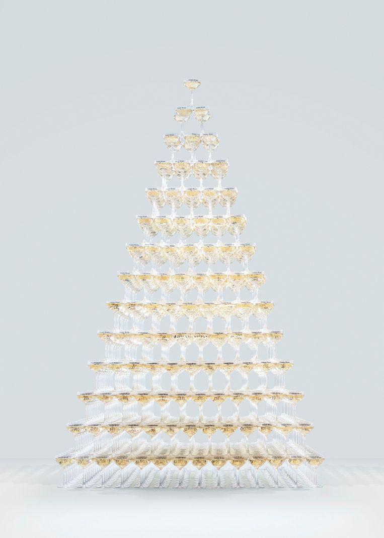 Casper Braats installatie 1000 Champagne Glasses. Beeld Casper Braat