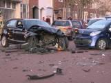 Geen gewonden, maar overal brokstukken bij botsing in Vlissingen