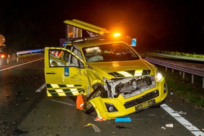 MADE, , 25-10-2020, dutchnews, , Two accidents on A59 near Made