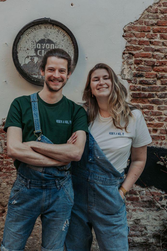Annelies en Raf startten een non-profit kledinglijn om de cultuursector en de horeca te steunen, Hoor'k a nog?!