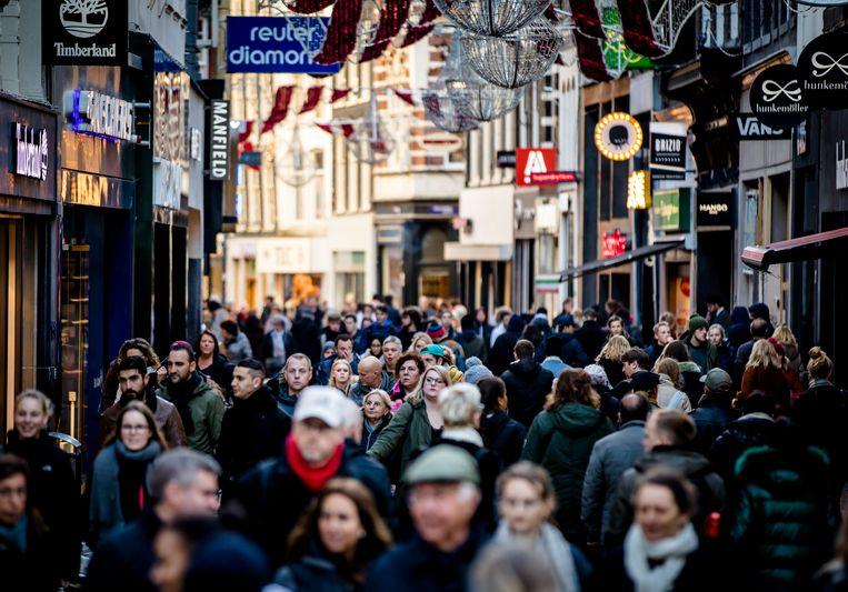 Een Amsterdamse winkelstraat. Beeld ANP
