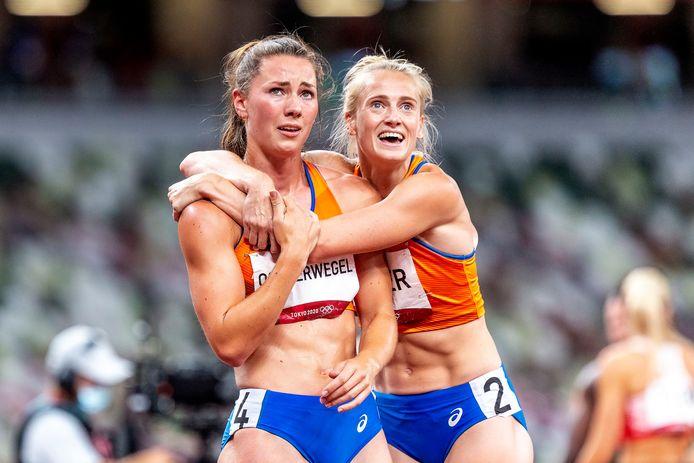 Ongeloof bij Emma Oosterwegel als de zilveren Anouk Vetter haar feliciteert met haar bronzen plak.