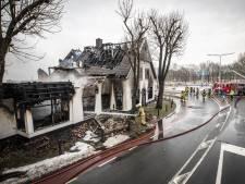 Tranen bij medewerkers na afbranden bistro De Kruidentuin in Geesteren: 'Dit is doodzonde, zijn levenswerk'