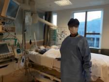 IC-verpleegkundige in Deventer Ziekenhuis blij als er weer een dienst is overleefd: 'De glans is er wel af'