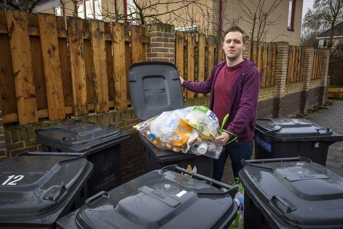 Als het aan SP Zutphen-raadslid Mart de Ridder ligt stopt Zutphen met het gescheiden ophalen van pmd-afval. Geen optie, stelt de gemeente Zutphen.