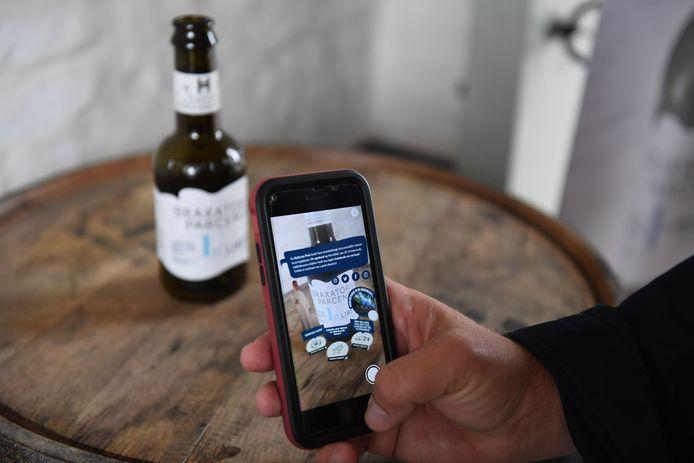 Via de smartphone-app SnapPress kan je extra informatie lezen over het abdijbier Libertus.