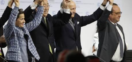 Landen sluiten 'historisch' klimaatakkoord in Parijs