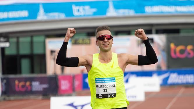 Floris Willeboordse uit Middelburg komt precies op tijd weer op zijn pootjes terecht