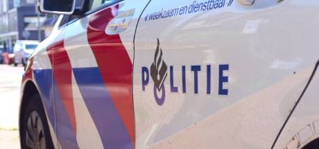 Woningoverval Gordelweg Rotterdam: bewoners bedreigd met mes en laptop gestolen