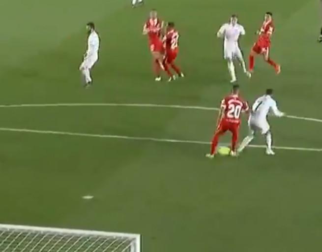 Het ultieme schot van Kroos week af op de hielen van Diego Carlos en Eden Hazard