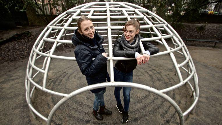 Denisa Kollarová (l) en Anna van Lingen. Beeld Mrs. Mokum/Suzie Hagens
