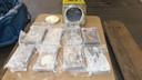 De cocaïne zat onder andere verstopt in 1728 blikken met plamuur.