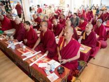 Tibetaanse monniken bidden in Dalfsen voor wereldvrede