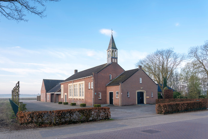De kerk in Waardhuizen die geschiedenis gaat schrijven voor de ChristenUnie.