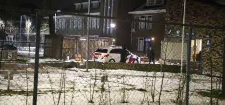 Ruzie azc Grave ontaardt in steekpartij: Bewoner (40) raakt gewond aan arm, man (41) opgepakt