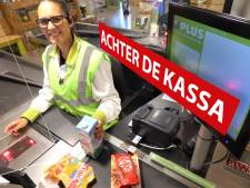 Caissière Linda (37) zou geen andere baan willen: 'Op volle snelheid, dat is kicken'