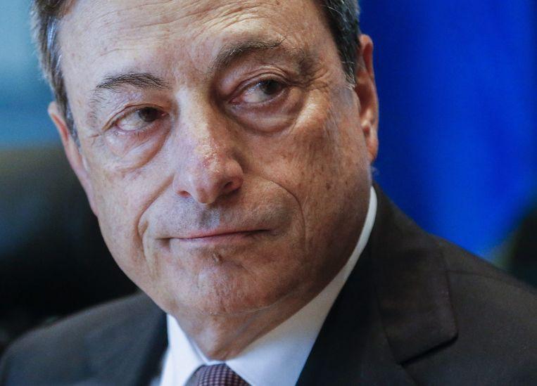 Mario Draghi: 'We zijn beter bewapend dan in 2010, 2011 en 2012. Maar als de crisis doorzet, komen we op onbekend terrein.' Beeld null