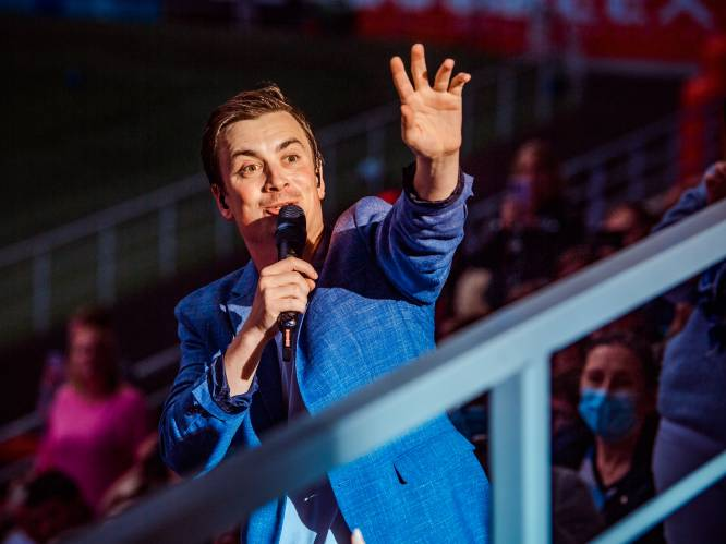 """Niels Destadsbader trapt 12-delige concertreeks af: """"Je zou eens moeten voelen hoe hard ons hart klopt"""""""