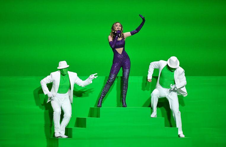 De Nederlands-Griekse Stefania Liberakakis voor haar green screen. Beeld REUTERS