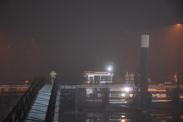 Diverse mensen werden onwel op een boot in de Lek bij Nieuwegein.