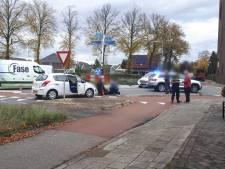 Fietser afgevoerd met ambulance na aanrijding in Bornerbroek