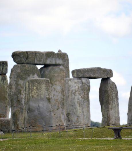 Une vaste structure préhistorique découverte près du célèbre site de Stonehenge