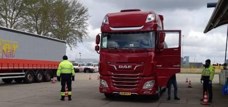 Boetes bij vrachtwagencontrole in haven van Vlissingen