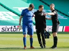 Deceptie voor Velthuizen bij eerste eredivisieduel sinds 2014: 'Ik voelde bij de warming-up mijn hamstring al'