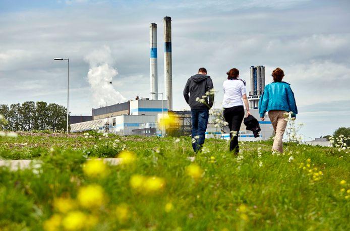 Overtollige hitte van de AVR Afvalovens transporteert het warmtebedrijf naar huishoudens in in Rotterdam-Zuid.