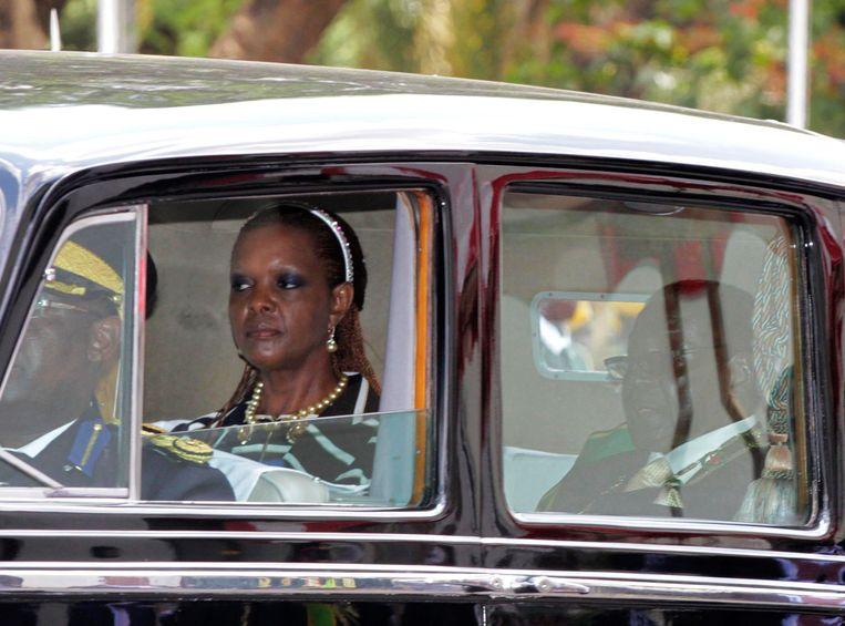 De Mugabes hebben zich nu teruggetrokken uit het openbare leven. Het is onwaarschijnlijk dat Zimbabwe zal meewerken aan de uitlevering van Grace Mugabe aan Zuid-Afrika.  Beeld REUTERS