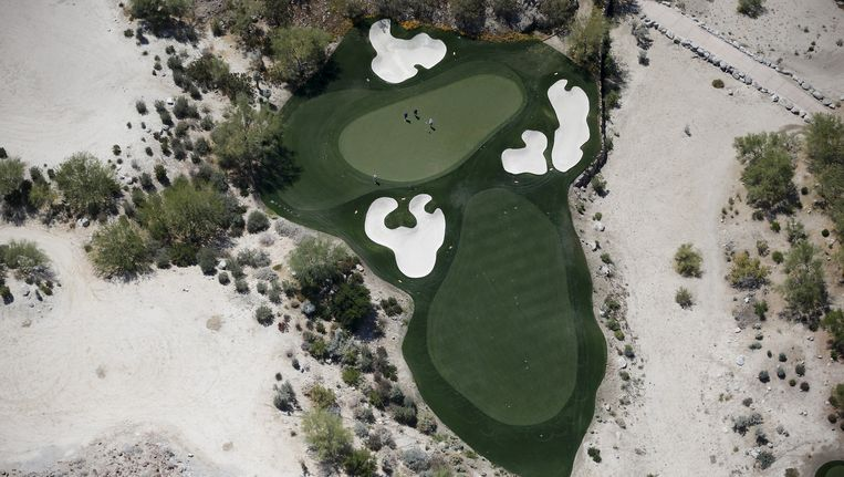 Een golfbaan in het droge La Quinta, Californië. Beeld reuters