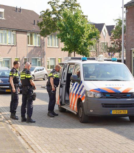 Man met mes op zak aangehouden in de Nijmeegse Rozenstraat, volgens politie geen verband met incident Willemsweg