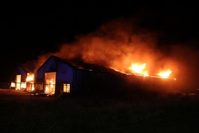 De uitslaande brand in looden in Middelburg.
