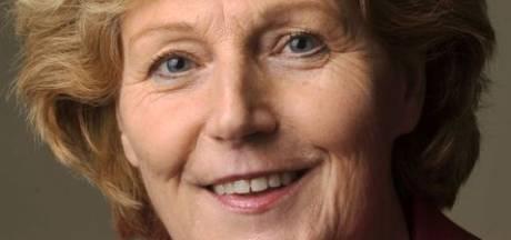 Trees Vloothuis volgt Ursula Bekhuis op als wethouder in Tubbergen