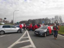 Vakbonden blokkeren toeleveringsbedrijven van Volvo Car Gent: ellenlange file op Kennedylaan