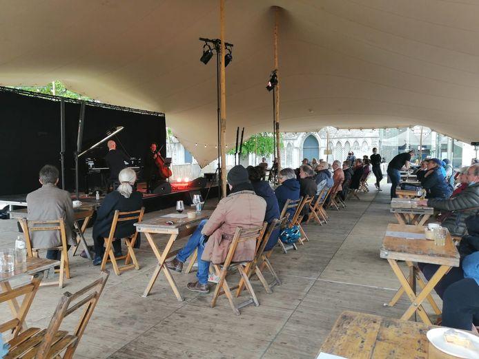 Bijloke Lentesessies - Benjamin Glorieux en Anthony Romaniuk trappen de eerste concerten van de zomer af.