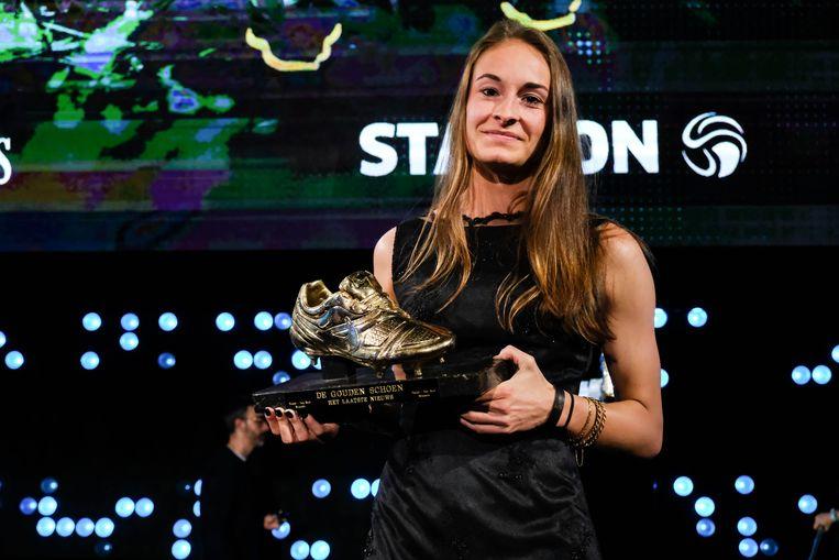 Tessa Wullaert wint de eerste Gouden Schoen voor vrouwen.