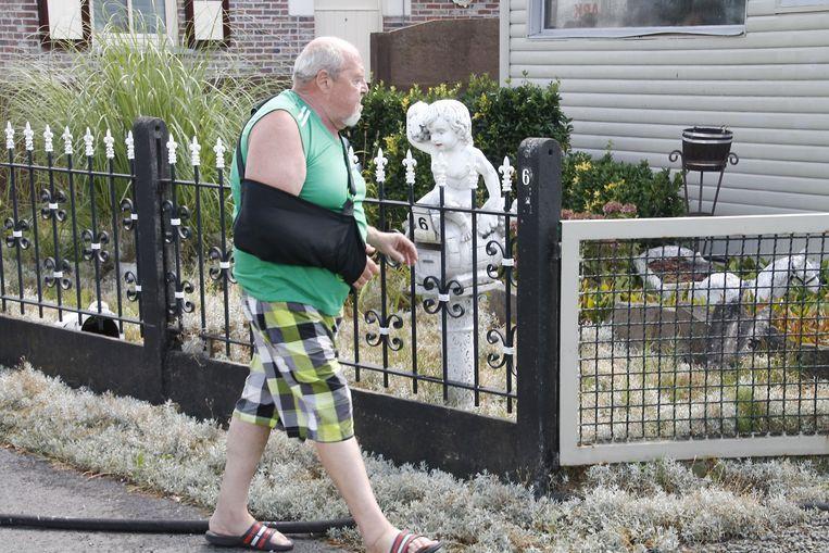 Dieudonne kwam zo snel mogelijk terug naar huis om de schade op te meten.