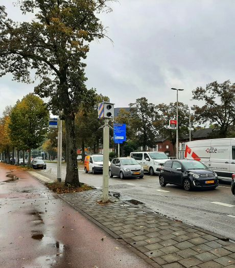 Waarom die ene flitspaal aan de Ringbaan-Oost 'topscoorder' van Tilburg blijft